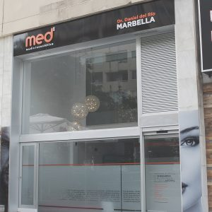 fachada-medicina-estetica-marbella-04 copia